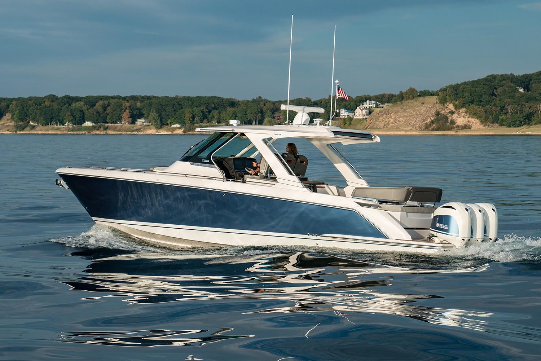 38 LS, Profile on Lake Michigan